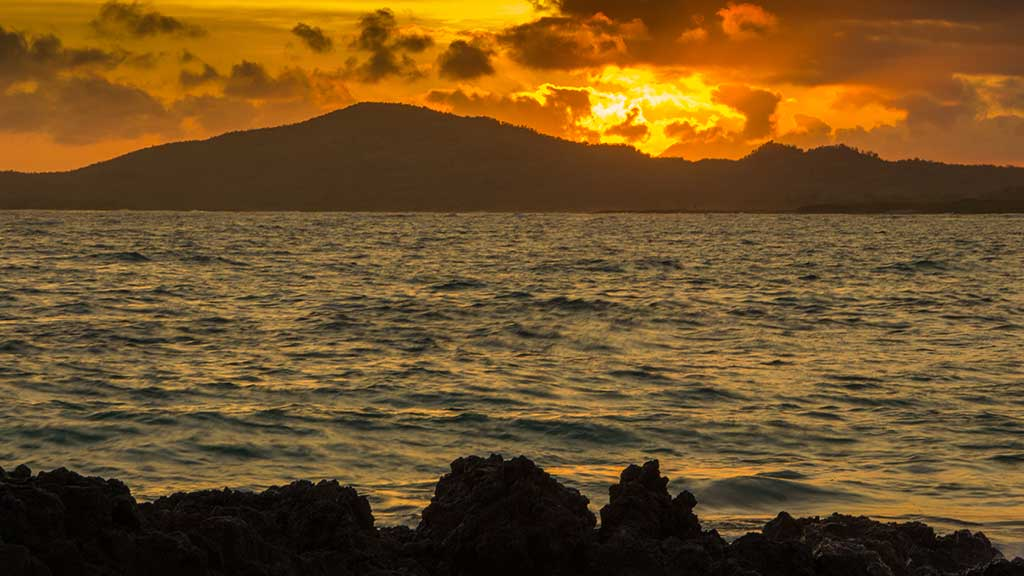 isabela-island-sunset galapagos islands