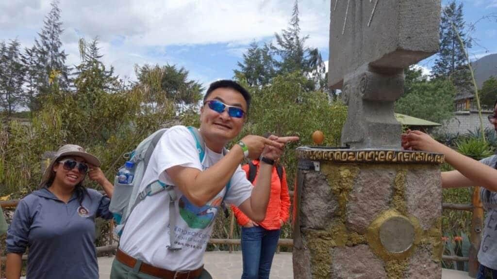 balance-an-egg-on-the-equator-line