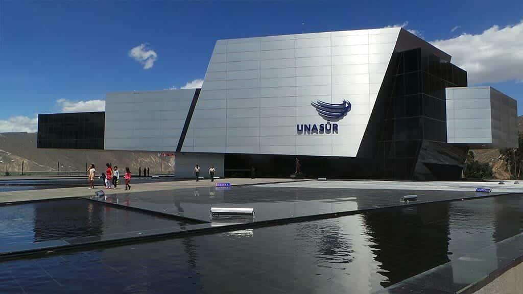 unasur building ecuador